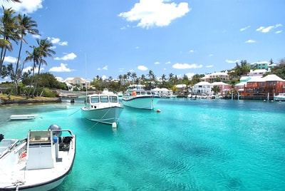 US Expat Taxes for Americans Living in Bermuda – What You Need to Know